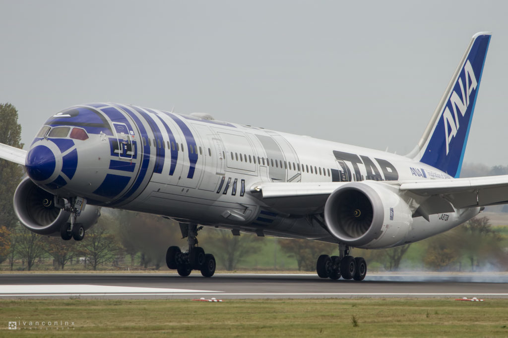 2016-11-06-All-Nippon-Airways-ANA-R2-D2-ANA-JET-01-1024x683.jpg