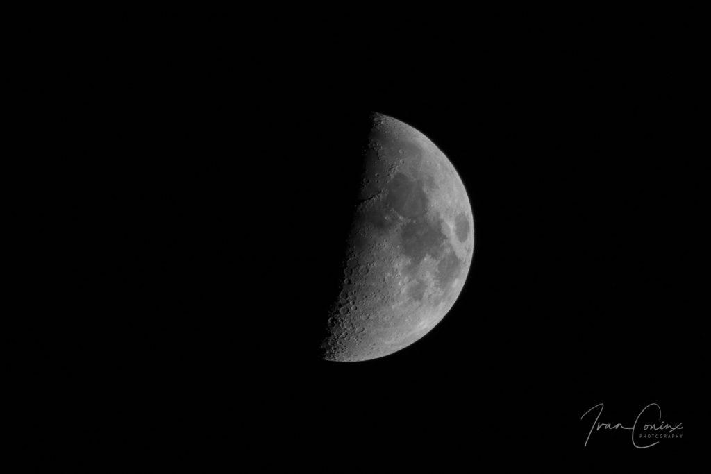 2017-11-26-Moon-01-1024x683.jpg